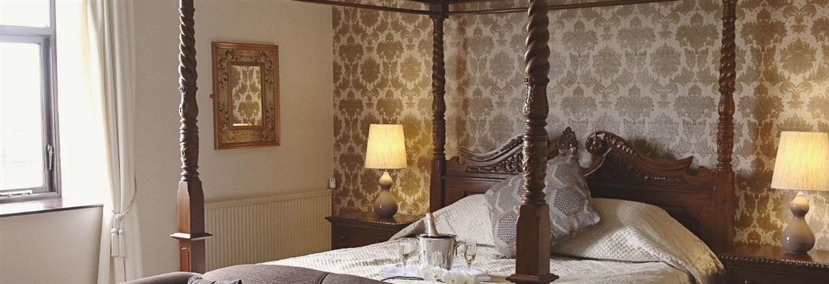 BGI Bedroom (four poster)1